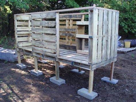 cheap diy chicken coop diy pallet chicken coop tutorial 99 pallets