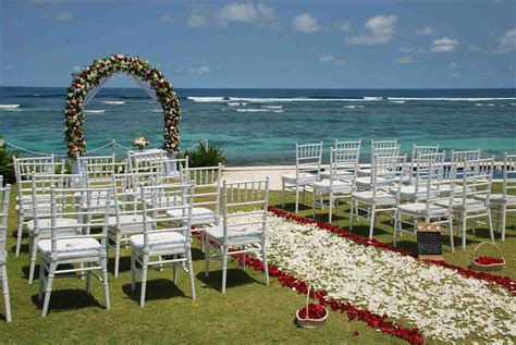 seaside wedding venues new for the wedding venues outside inn green in santa rosa florida is a lovely setting for