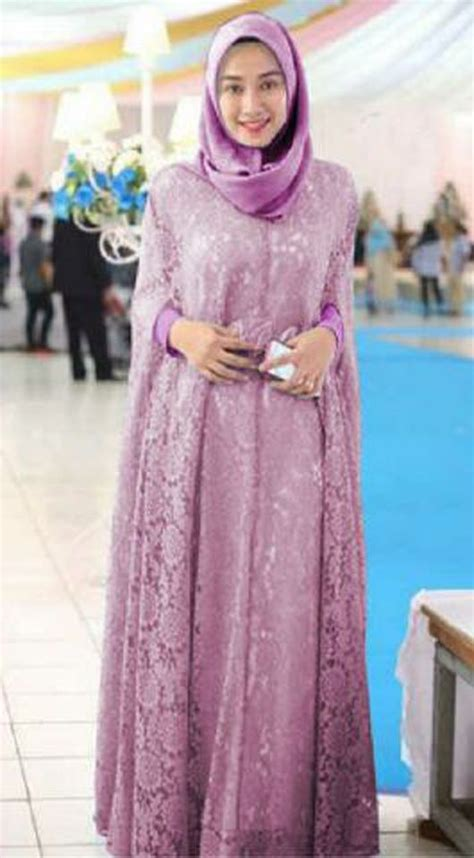 Kalung Fashion Wedding Or Pesta New 7 gamis brokat pesta renita kaftan terbaru ungu jpg 530 215 960 gamis kaftan kebaya