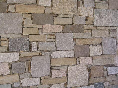 muri rivestiti in legno muri rivestiti in pietra cheap muri contro terra in