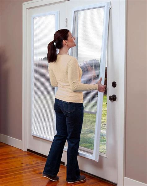 blinds for a patio door 25 best ideas about sliding door blinds on