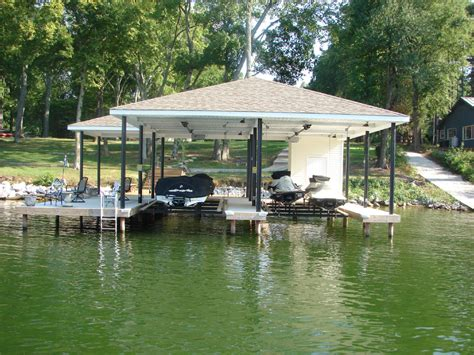 boat house lift new page 2 www bubbasmarine com