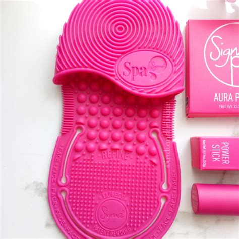 Sig200 Sigma Spa Express Brush Cleaning Glove shop to donate with sigma pink indian shringar