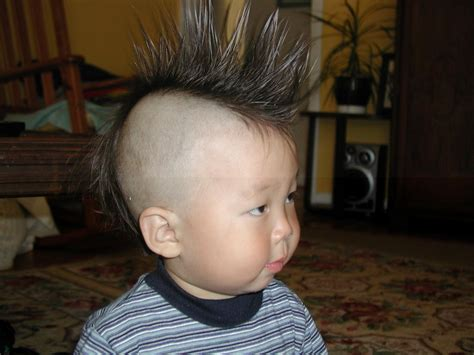 styles for 15 year old boys best hair style for 15 years boy fanned mohawk hairstyle