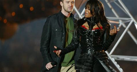 janet jackson twitter newhairstylesformen2014 com twitter outraged for janet jackson after justin timberlake