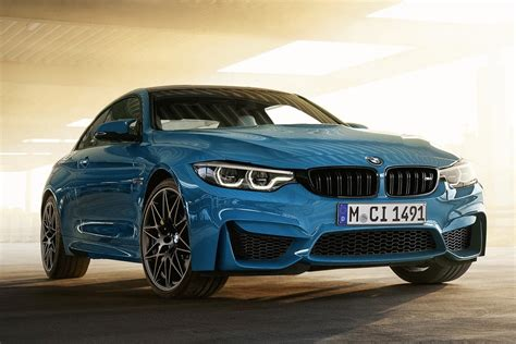 bmw   heritage edition debuts   iconic