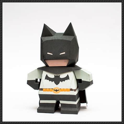 Paper Craft Square - chibi batman free paper