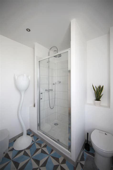 Impressionnant Porte Serviette Ikea Salle De Bain #4: Salle-De-Bain-Teppaz_Chez-Ric-et-Fer_Nice-BB-aisne-belle-Chambre-hote-france-picardie-art-deco-bathroom.jpg