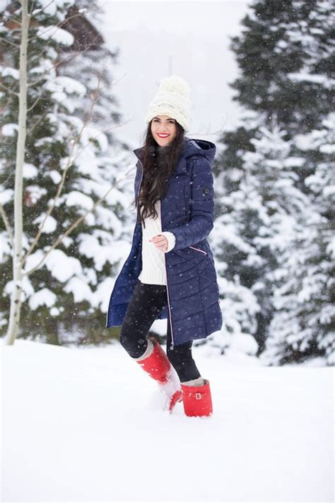 wear   snow  cute warm dry outfit ideas
