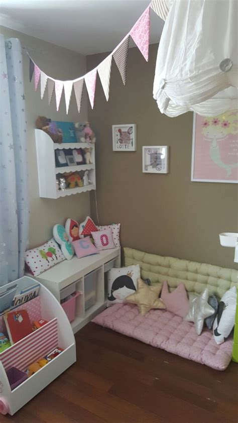 Kinderzimmer Kuschelecke Gestalten by Die Besten 25 Kuschelecke Kinderzimmer Ideen Auf