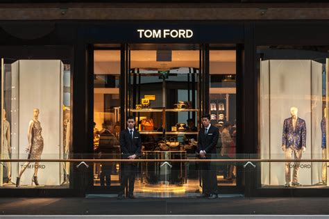 Timeless Architecture tom ford opens 1st store in south east asia at marina bay