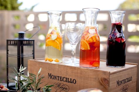 signature drinks for wedding reception outdoor summer