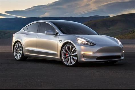 Starting Price For A Tesla Here S Why Elon Musk Is Smart To Start With A Simple Tesla