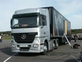 Mercedes Truck Pictures Mercedes News Mercedes Shows New Heavy Truck In Germany