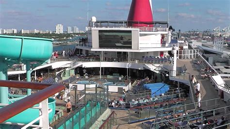 what is a lido deck carnival valor cruise nov 2012 5 lido deck