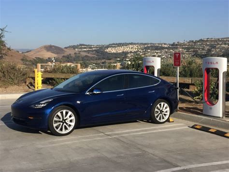 tesla model 3 battery warranty includes 70 retention