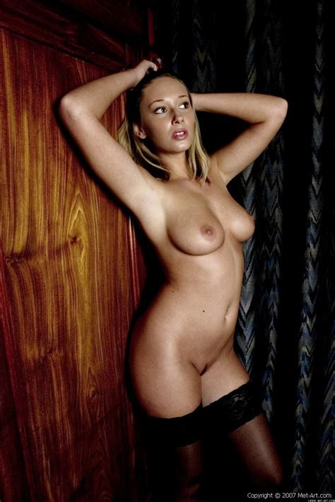 Veronika C Met Art Free Nude Pictures Bravo Erotica