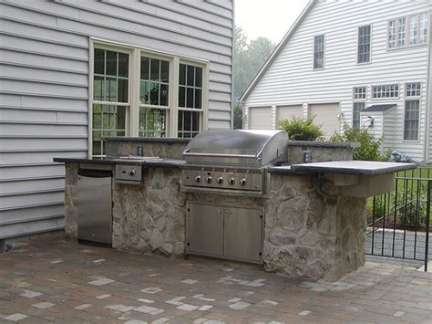 diy outdoor kitchen cinder block