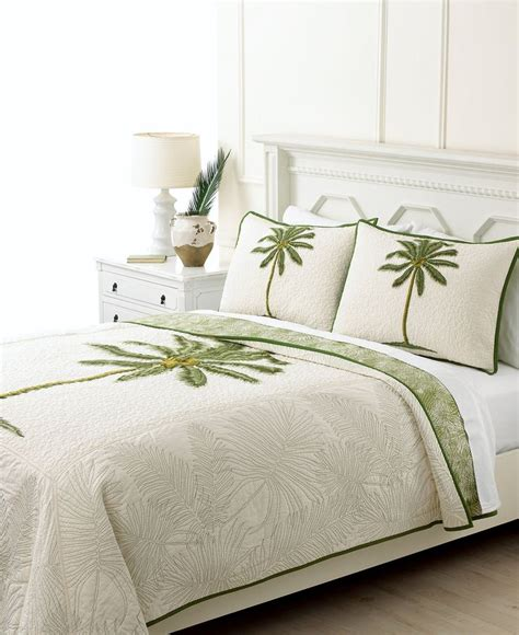 palm tree bedding 65 best palm tree decor for my bedroom images on palm trees palms and tropical design