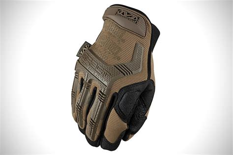 Mechanix M Pact Coyote to the 8 best tactical gloves hiconsumption