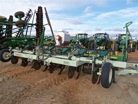 Deere 1700 Planter by 2011 Deere 1700 Planting Seeding Planters