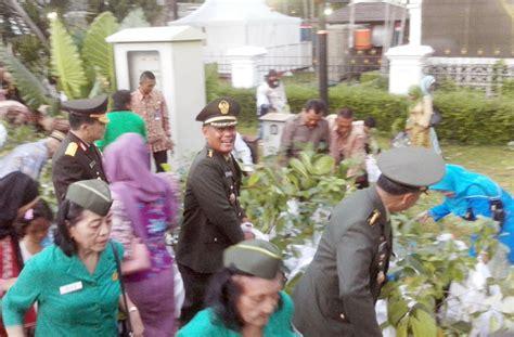 Prangko Seri Istimewa Istana Negara bibit buah dari istana negara bebeja