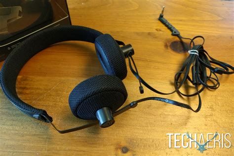 Coloud The No 8 coloud 8 review thin light on ear headphones
