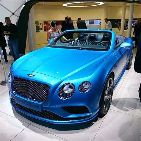 bentley blue color bentley s kingfisher blue is a stunning colour