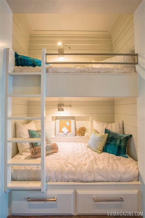 sized bunk beds best 25 bunk beds ideas on bunk rooms
