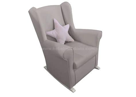 fauteuil chambre bébé allaitement fauteuil a bascule chambre bebe chambre bebe avec berceau