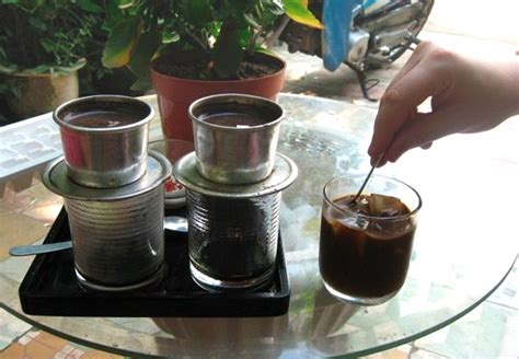 Filter Kopi Drip Drip Bag Coffee Filter file vn drip coffee on table jpg wikimedia commons