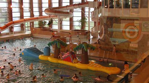 hitchin swimming centre day    kids