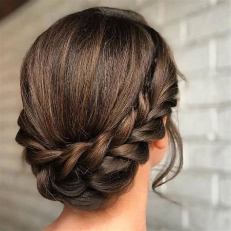 21 easy updos anyone do trending in 2019