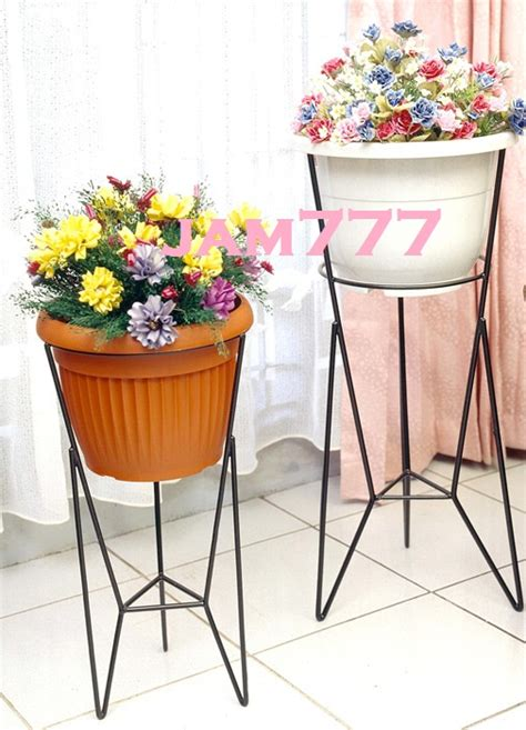 Rak Besi Tanaman Hias jual rak pot bunga b1 modelline tempat vas bunga tanaman hias taman pohon jam777