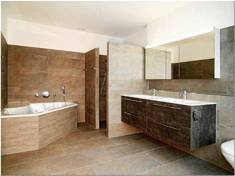 badezimmer vanity hocker kleines bad mit begehbarer dusche ideen f 252 r zuhause