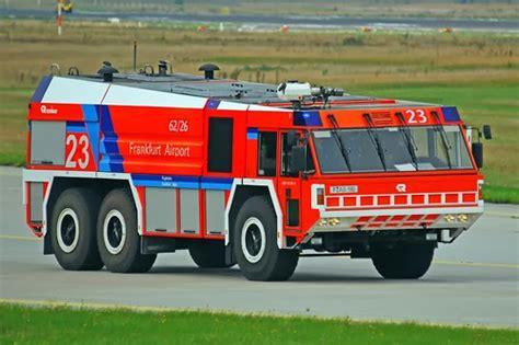 Mobil Pemadam Kebakaran 02 gambar gambar mobil pemadam kebakaran lengkap dan terbaru