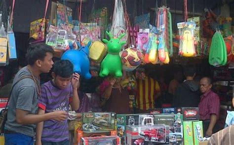 Karpet Lantai Di Pasar Gembrong pedagang pasar gembrong diundi untuk dapat kios di pasar