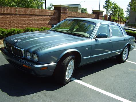 repair anti lock braking 1999 jaguar xj series electronic toll collection service manual 1999 lexus rx remove the passenger side sun visor mirror service manual 1999