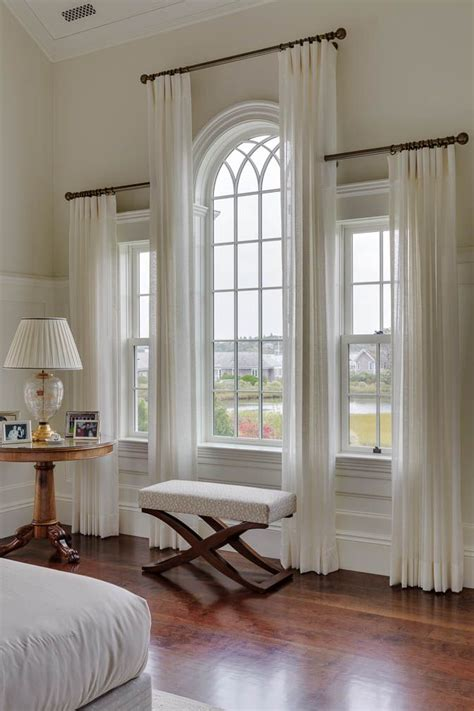 how to hang curtains on arched window 25 best ideas about arched window treatments on pinterest