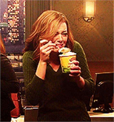 emma stone eating ice cream snl emma stone crying and eating ice cream gif