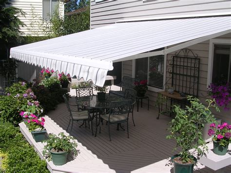 retractable awnings chicago awnings shading systems in chicagoland all of