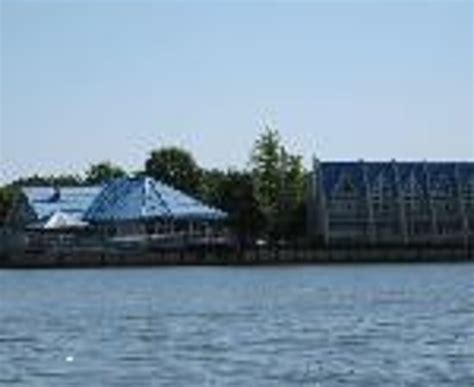 boat rental rend lake il view to boat rental slip from cabin parking picture of