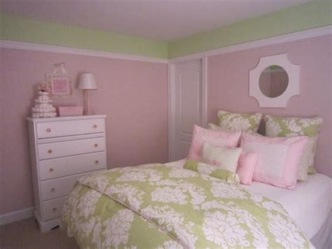 pink and green walls in a bedroom ideas pink and green room design ideas
