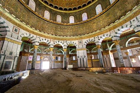 Dome Of Rock Interior tom clark wallace s hymn of the rock