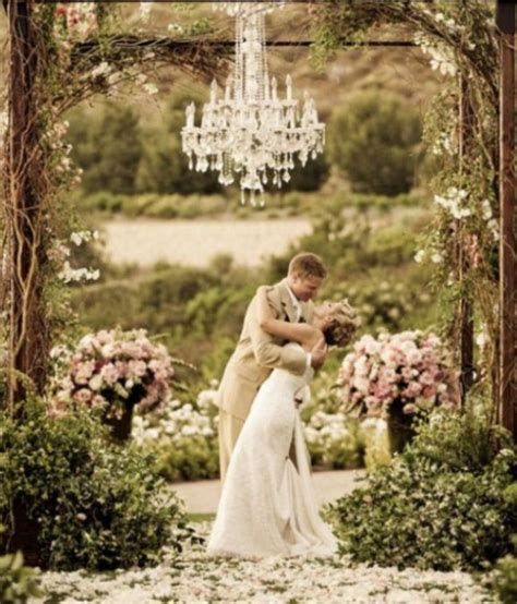 vintage backyard wedding ideas vintage outdoor wedding ideas myideasbedroom com