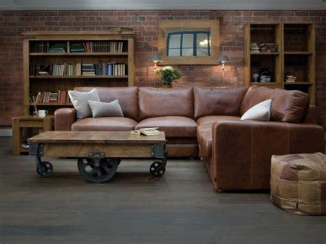 milanetti sofa eckcouch aus leder braun couchtisch rollen wohnen