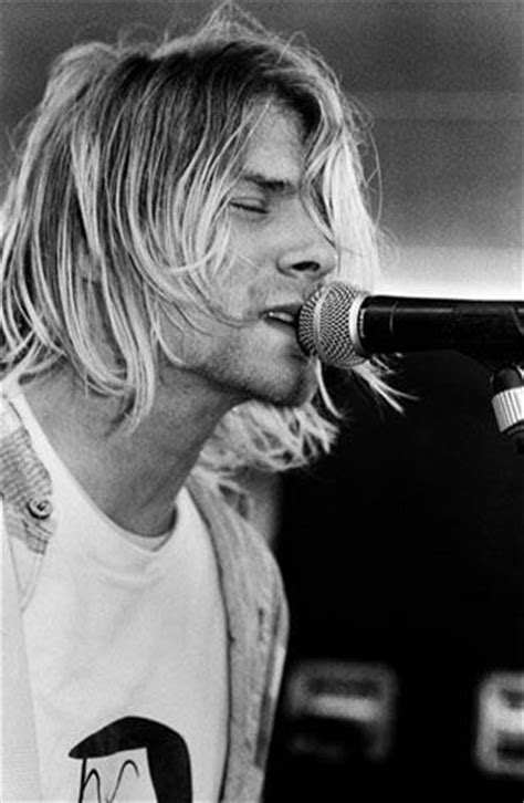 kurt cobain english biography 7 crazy kurt cobain facts you d think we made up and his