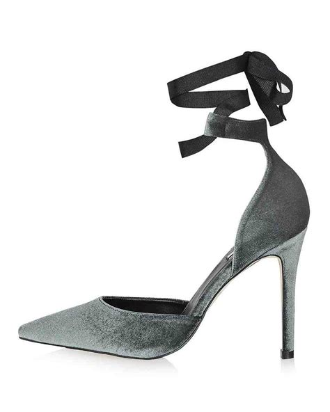 Rok Satin Velvet 44 closed toe evening shoes to rock for your winter wedding