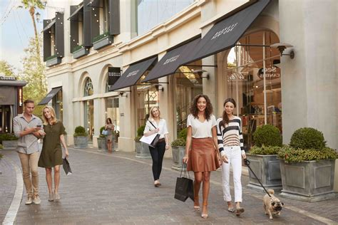 The Grove the best shopping and pop up shops in los angeles the