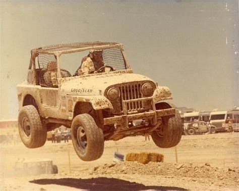 Jeep Cing Desert Racing Cj Jeep Cool I Really Want